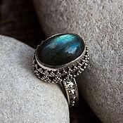 "Серебряное кольцо с лабрадором ""Дар богов"" серебро 925"