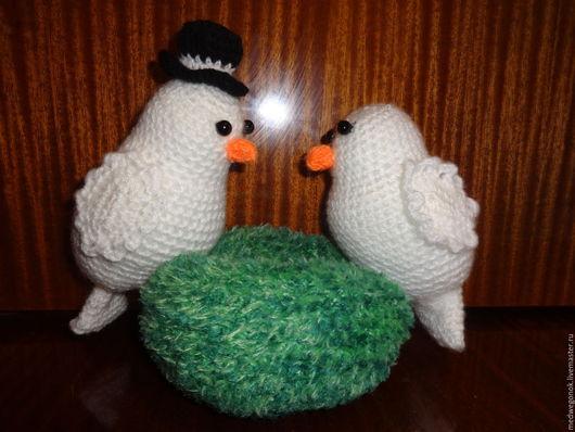 Подарки на свадьбу ручной работы. Ярмарка Мастеров - ручная работа. Купить голуби. Handmade. Белый, Вязание крючком, нитки, синтепон