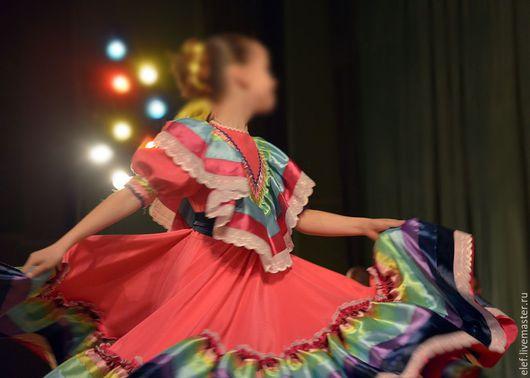 Танцевальные костюмы ручной работы. Ярмарка Мастеров - ручная работа. Купить Национальный танец. Мексика.. Handmade. Разноцветный, креп-сатин