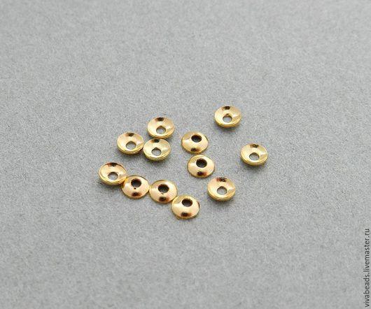 Шапочки для бусин маленькие 3 мм в диаметре, высота 1 мм, отверстие 1 мм, цвет золото по 50 шт., материал  латунь (арт. 1674)