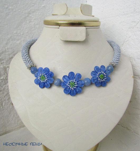 """Колье, бусы ручной работы. Ярмарка Мастеров - ручная работа. Купить """"Голубые цветы"""" колье с цветами лэмпворк. Handmade."""