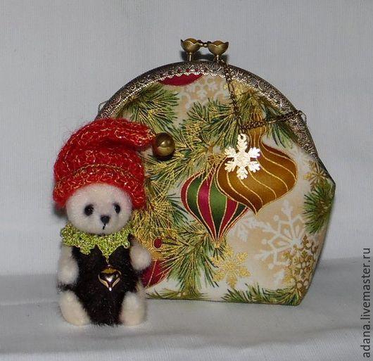 Женские сумки ручной работы. Ярмарка Мастеров - ручная работа. Купить Космтичка Новогодние игрушки. Handmade. Косметичка, подарок на новый год
