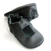 Работы для детей, handmade. Livemaster - original item Baby Moccasins, Leather Baby Shoes,Black Baby Sandals,Ebooba. Handmade.