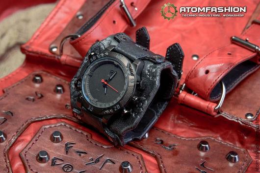 """Часы ручной работы. Ярмарка Мастеров - ручная работа. Купить Мужские киберпанк часы """"Блэйд 2"""". Handmade. Часы"""