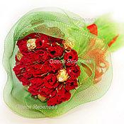 """Цветы и флористика ручной работы. Ярмарка Мастеров - ручная работа Букет из конфет  """"Букет из алых роз"""". Handmade."""