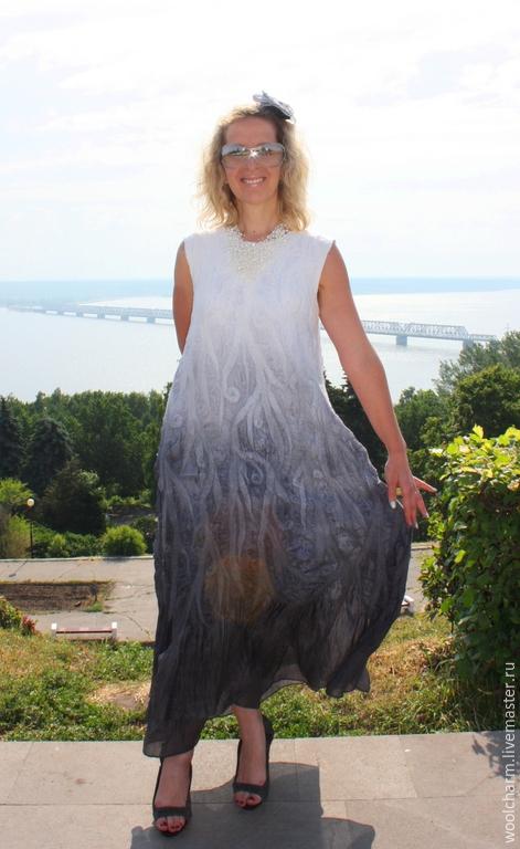 Платья ручной работы. Ярмарка Мастеров - ручная работа. Купить Платье валяное Серебрянные  струи. Handmade. Серый, вечернее платье