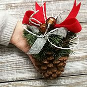 Подарки к праздникам ручной работы. Ярмарка Мастеров - ручная работа Шишка новогодняя (большая). Handmade.