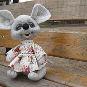 """Куклы и игрушки ручной работы. Ярмарка Мастеров - ручная работа Мышонок """"Няшка"""" Сухое валяние, авторская работа, купить мышь из войлок. Handmade."""