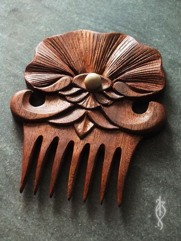 Купить гребешок для волос деревянный