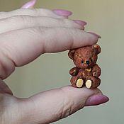 Куклы и игрушки ручной работы. Ярмарка Мастеров - ручная работа Мужичок с ноготок 3 см. Handmade.
