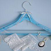 Для дома и интерьера ручной работы. Ярмарка Мастеров - ручная работа Вешалка - плечики для одежды  Свадебная винтаж. Handmade.