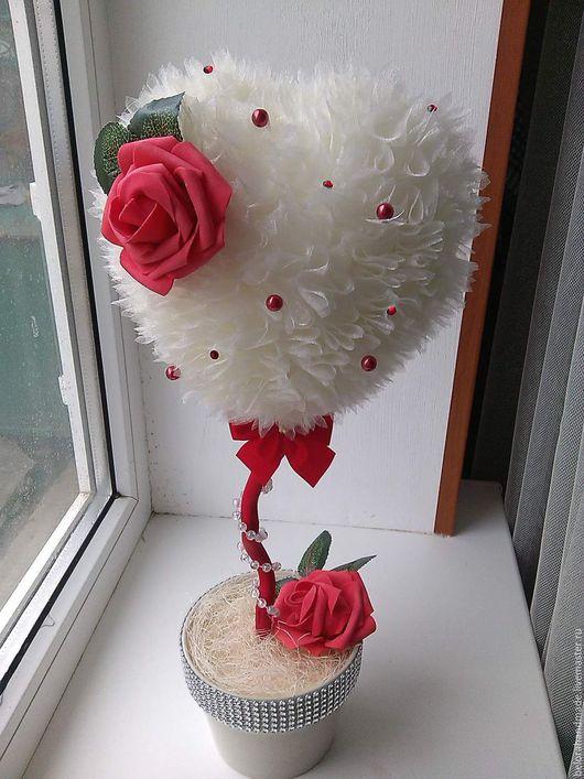 Топиарий выполнен из органзы с цветами из фоамирана, бусинами и стразами сваровски. высота 47 см, 900 руб