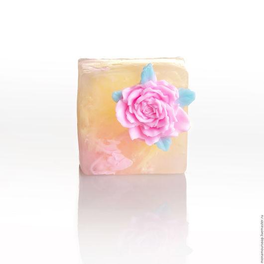 """Мыло ручной работы. Ярмарка Мастеров - ручная работа. Купить Мыло ручной работы """"Розовые сны"""". Handmade. Комбинированный"""