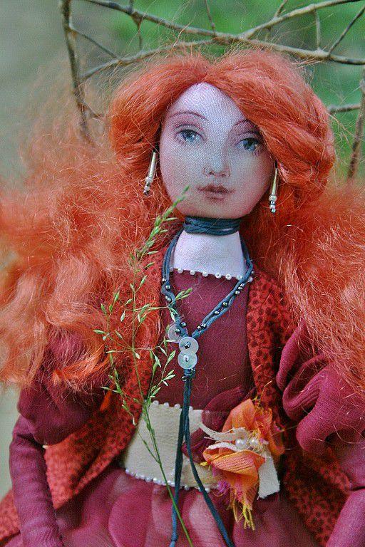 Текстильная кукла с росписью