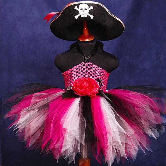 """Карнавальные костюмы ручной работы. Ярмарка Мастеров - ручная работа. Купить """"Юная пиратка - фуксия"""" карнавальный костюм: пачка, шляпа, т. Handmade."""