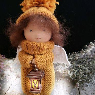 """Куклы и игрушки ручной работы. Ярмарка Мастеров - ручная работа Ангел """"Освещающий путь"""" текстильная интерьерная куколка. Handmade."""