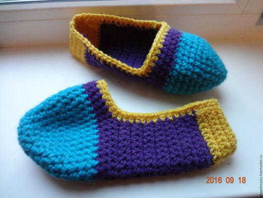 Обувь ручной работы. Ярмарка Мастеров - ручная работа. Купить Домашние тапочки крючком. Handmade. Комбинированный, домашние тапочки
