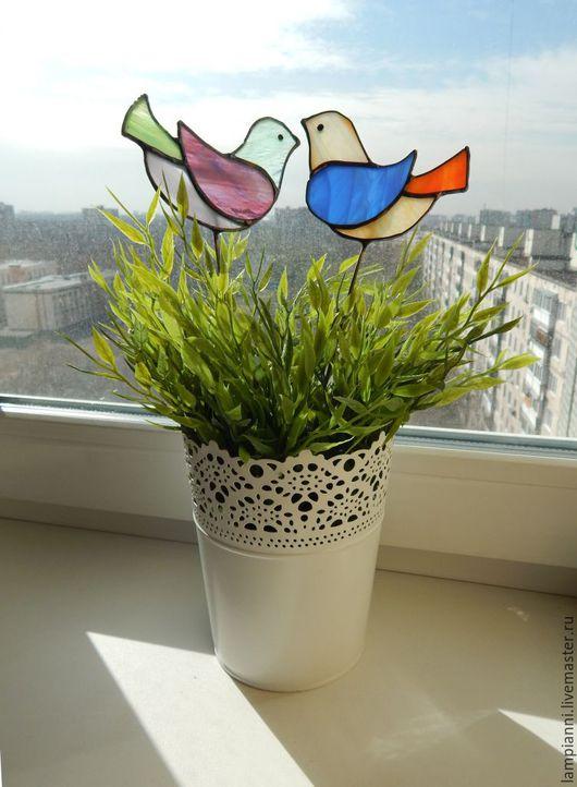 """Украшения для цветов ручной работы. Ярмарка Мастеров - ручная работа. Купить """"Птички"""" цветные, декор для цветов. Handmade. Витраж, прозрачный"""