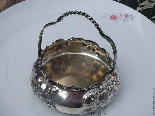 Винтажные предметы интерьера. Ярмарка Мастеров - ручная работа. Купить Ваза-корзиночка,серебрение,Reed & Barton,антиквариа. Handmade.
