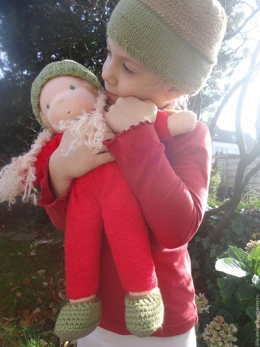 Вальдорфская игрушка ручной работы. Ярмарка Мастеров - ручная работа. Купить Жёлудь с косичками. Текстильная куколка.. Handmade. Ярко-красный