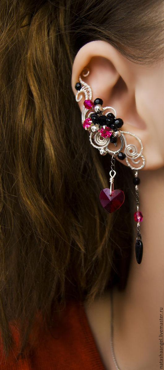 """Каффы ручной работы. Ярмарка Мастеров - ручная работа. Купить Серьга кафф """"Розовое сердце"""" (черно-розовый, черный цвет, фуксия). Handmade."""