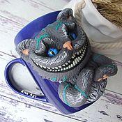 Кружки ручной работы. Ярмарка Мастеров - ручная работа Чеширский кот. Кружка с декором из полимерной глины. Handmade.