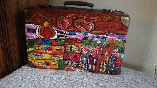 """Чемоданы ручной работы. Ярмарка Мастеров - ручная работа. Купить Маленький чемодан """"Путешествие с Хундертвассером"""". Handmade. Комбинированный"""