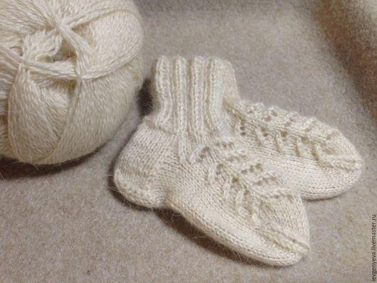 Вязаные носочки из пуха козы для девочки, шерстяные носки