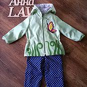 Работы для детей, ручной работы. Ярмарка Мастеров - ручная работа Куртка-ветровка для девочки с аппликацией. Handmade.