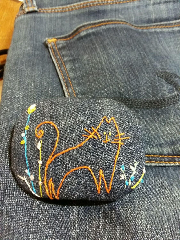 Брошки из джинсы