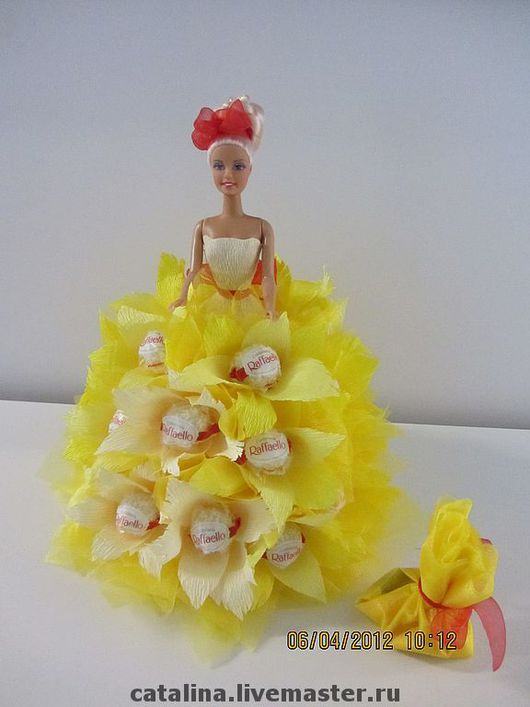 Кулинарные сувениры ручной работы. Ярмарка Мастеров - ручная работа. Купить Фея Рафаэлло - Кукла из конфет. Handmade. Подарок девочке