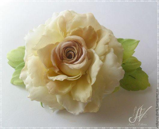 """Броши ручной работы. Ярмарка Мастеров - ручная работа. Купить шелковая роза """"Жаннет"""". Handmade. Цветы из шелка, роза из ткани"""