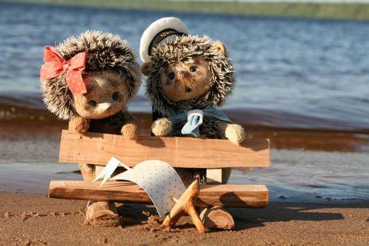 """Мишки Тедди ручной работы. Ярмарка Мастеров - ручная работа. Купить Ёжики """"Машенька и Петечка"""". Handmade. Ежики, вискоза"""