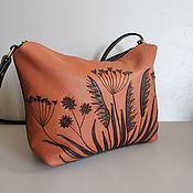 Сумки и аксессуары handmade. Livemaster - original item The bag is a leather women`s bag with an applique .Grass is brown. Handmade.