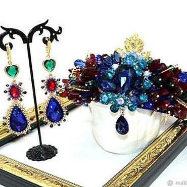 Украшения ручной работы. Ярмарка Мастеров - ручная работа Корона и серьги в стиле Dolce Gabbana красно-сине-изумрудные. Handmade.