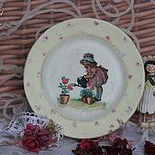"""Посуда ручной работы. Ярмарка Мастеров - ручная работа Тарелочка """"Маленькая садовница"""". Handmade."""