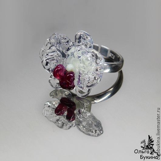 Кольца ручной работы. Ярмарка Мастеров - ручная работа. Купить Серебряное кольцо с Опаловой орхидеей Фаленопсис. Цветок лэмпворк.. Handmade.
