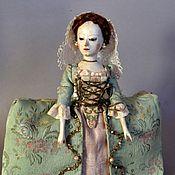 Куклы и игрушки ручной работы. Ярмарка Мастеров - ручная работа Репродукция ранней английской деревянной куклы Queen Anne. Handmade.