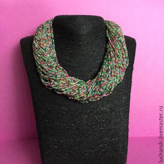 Мятный Фреш - многорядные короткие бусы, колье, ожерелье, бисерное колье, бусики. Зеленый, малиновый, салатовый, розовый, пестрый. Женственность. Грация. Нежность. Свежесть. Магазин Украшений