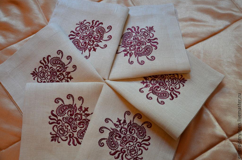 Льняные скатерти и салфетки с вышивкой 16