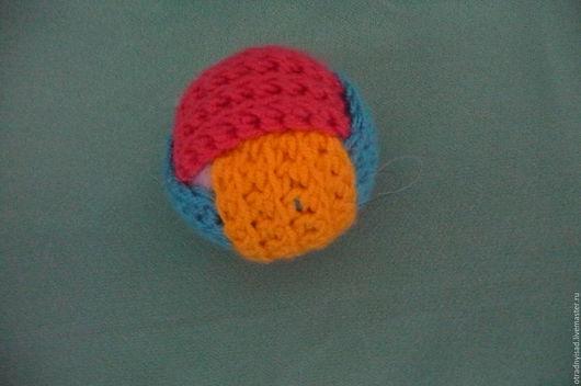 Вальдорфская игрушка ручной работы. Ярмарка Мастеров - ручная работа. Купить Вязаный мячик. Handmade. Вальдорфский мяч, вязаный мяч