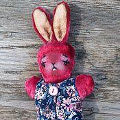 Куклы и игрушки ручной работы. Ярмарка Мастеров - ручная работа Маленький карманный друг- Зайка.. Handmade.