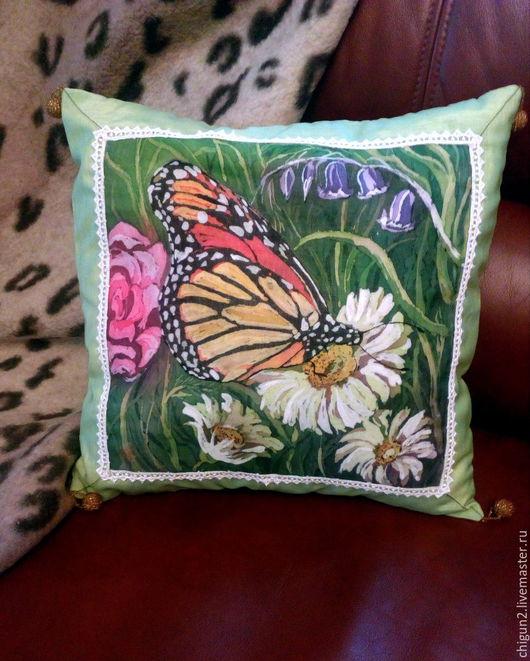 Текстиль, ковры ручной работы. Ярмарка Мастеров - ручная работа. Купить Подушка декоративная Бабочка, горячий батик. Handmade. цветы