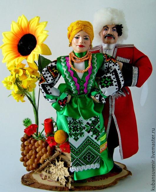 """Народные куклы ручной работы. Ярмарка Мастеров - ручная работа. Купить """"Казачья пара у плетня """"(большая). Handmade. Дарская, казачка"""