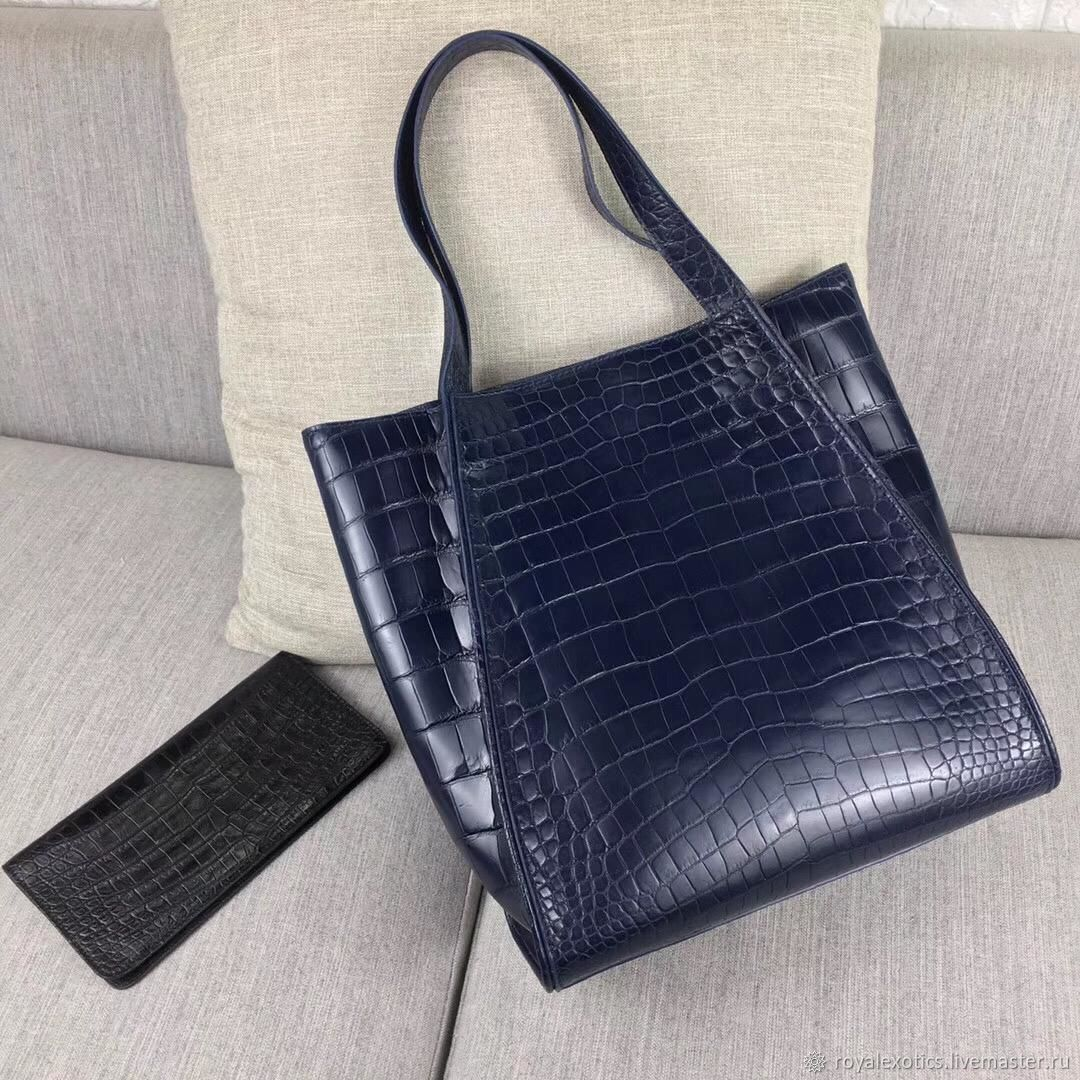 Women's shopping bag, crocodile leather, in dark blue, Classic Bag, Tosno,  Фото №1
