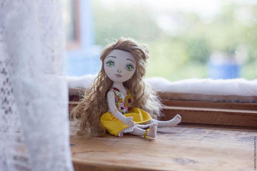 Коллекционные куклы ручной работы. Ярмарка Мастеров - ручная работа. Купить Текстильная кукла в желтом платье. Handmade. Желтый