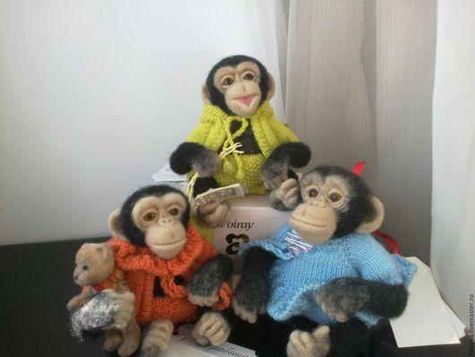 Игрушки животные, ручной работы. Ярмарка Мастеров - ручная работа. Купить Обезьянки-игрушки ручной работы - шимпанзе Лялька, Лакки и Хелпик. Handmade.