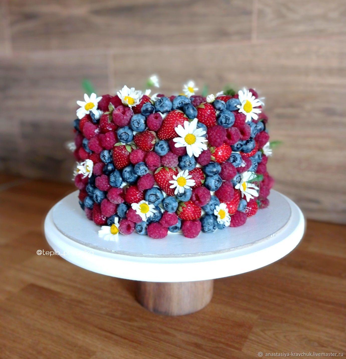 Торт с ягодами. Ягодный свадебный торт, Подарки, Москва,  Фото №1