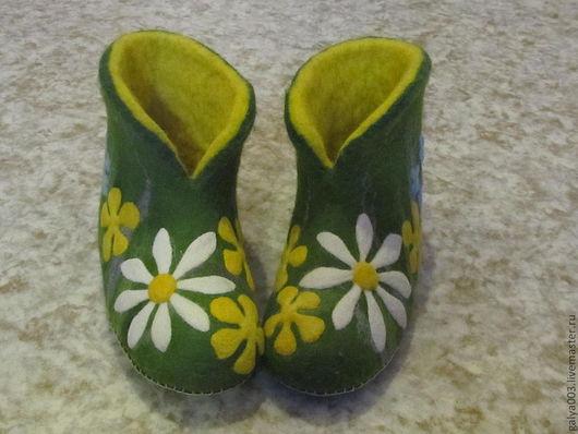 """Обувь ручной работы. Ярмарка Мастеров - ручная работа. Купить Валенки """"Дачные"""" (продано). Handmade. Зеленый, женские тапочки"""