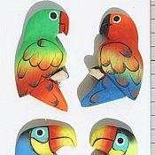 Магниты ручной работы. Ярмарка Мастеров - ручная работа Магниты на холодильник в виде попугаев, из дерева бальза. Handmade.